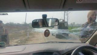 पंजाब में केजरीवाल की कार पर हमला