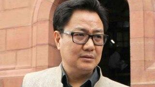 Kiren Rijiju reviews situation along Indo-Pak border