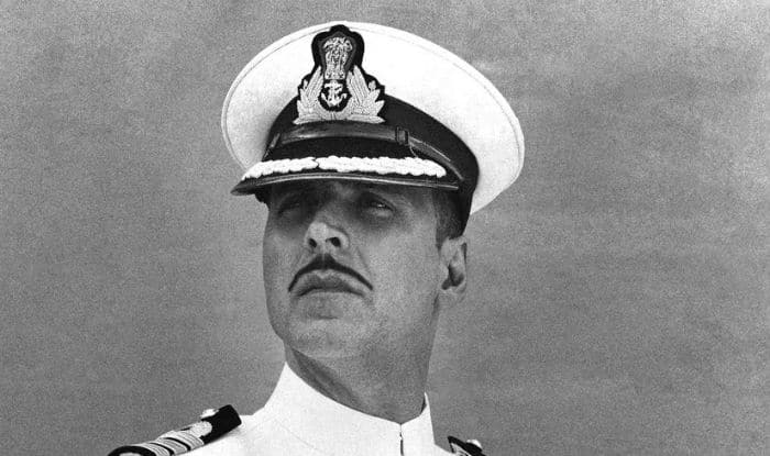 Akshay Kumar plays naval officer in Rustom