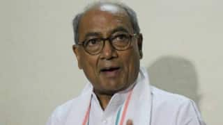 Vyapam scam: Digvijaya Singh to appear in court after arrest warrant issued