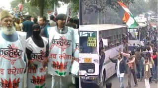JNU Row: Students demanding Kanhaiya Kumar release march from Mandi House to Jantar Mantar