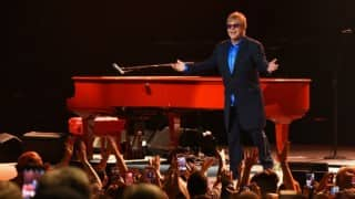Elton John ends 8-years-old feud with mother