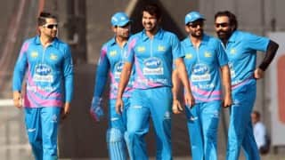 Bhojpuri Dabanggs win by 7 wickets | Celebrity Cricket League (CCL) 2016 Match 9 Live Score Updates Mumbai Heroes vs Bhojpuri Dabanggs