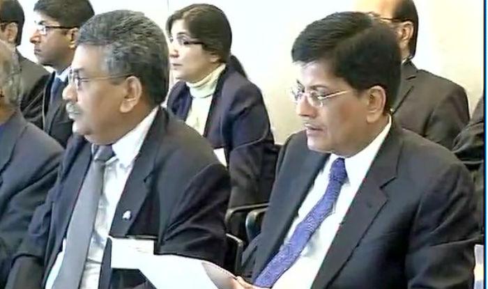 रेल मंत्री पीयूष गोयल ने केंद्र सरकार की बुलेट ट्रेन परियोजना का बचाव करते हुए कहा कि यह देश के विकास की योजना का हिस्सा है...