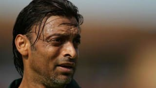 Shoaib Akhtar laughs off 'brother' Harbhajan Singh's claims
