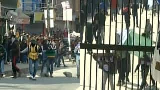 JNU Row: Kashmiri protesters show 'Thank JNU' poster, raise ISIS flags