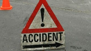 Jammu and Kashmir: 1 killed, 4 injured in accident