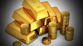 Four arrested at Mumbai airport for smuggling gold