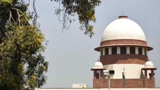 Supreme Court refers AIBE issue to Constitution Bench, frames questions