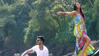 Mallika Sherawat's 'Dil Kya Kare' gets 1,500K views