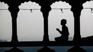 Pakistan shuts down 254 religions seminaries