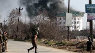 LIVE Pampore Encounter: Terrorists enter EDI building; Army seals all escape routes