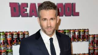 Ryan Reynolds named Sexiest Dad Alive