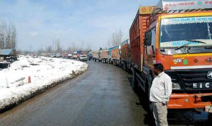 Jammu-Srinagar National Highway closed for second day
