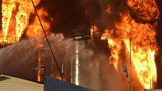 2 killed, 8 injured in fire on Mexico offshore oil platform
