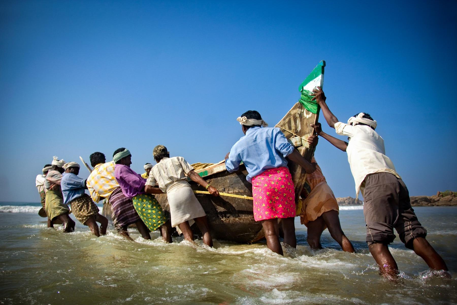 Image result for 22 fishermen arrested by pakistan