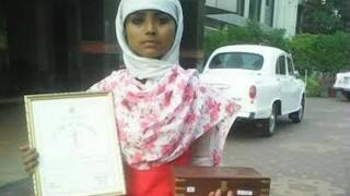 15 year old Muslim girl in Agra saves Hindu child from kidnappers, gets bravery award!