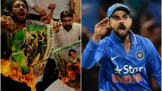Angry Pakistan cricket fans stage fake funeral after losing to Team India! Watch video