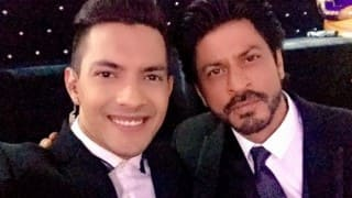 Sa Re Ga Ma Pa 2016: Shah Rukh Khan to appear on first episode tonight to promote FAN!
