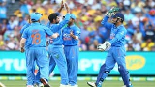 India enter finals of Asia Cup with 5-wicket win over Sri Lanka
