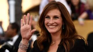 Julia Roberts to play lawyer in 'Train Man'