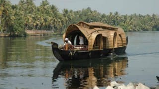 Soon houseboats in Kolkata, Sundarbans and creeks of Digha