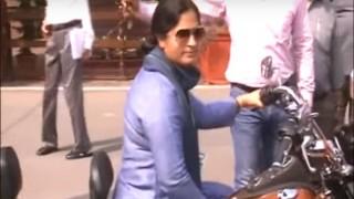 International Women's Day: Watch Congress MP Ranjeet Ranjan ride into Parliament on Harley Davidson! (Video)