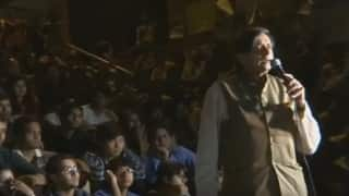 Shashi Tharoor delivers exceptional speech on nationalism and tolerance at Freedom Square in JNU (Watch video)