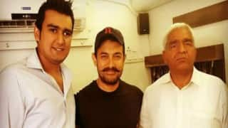 When 'reel' life hero Aamir Khan met 'real' life hero