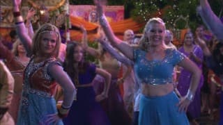 'Fuller House' Goes Full-On Bollywood and Here is Why I Loved It
