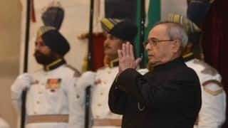 राष्ट्रपति प्रणब मुखर्जी ने 56 हस्तियों दिया पद्म पुरस्कार