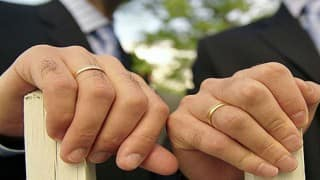 NRI sets up gay marriage agency for Indians