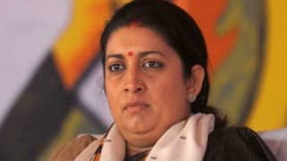 Road death: NSUI activists burn Smriti Irani's effigy