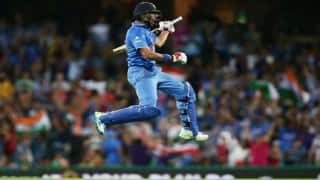 India vs Australia live: Yuvraj Singh rolled his ankle, turned liability on batting line-up before getting out on 21