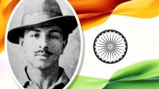 Delhi University की किताब में भगत सिंह को आतंकवादी बताया