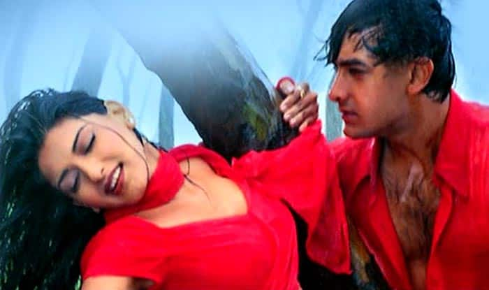 Sexy scenes of bollywood movies