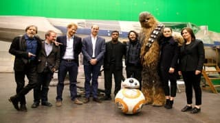 Prince William, Prince Harry meet 'Star Wars 8' cast