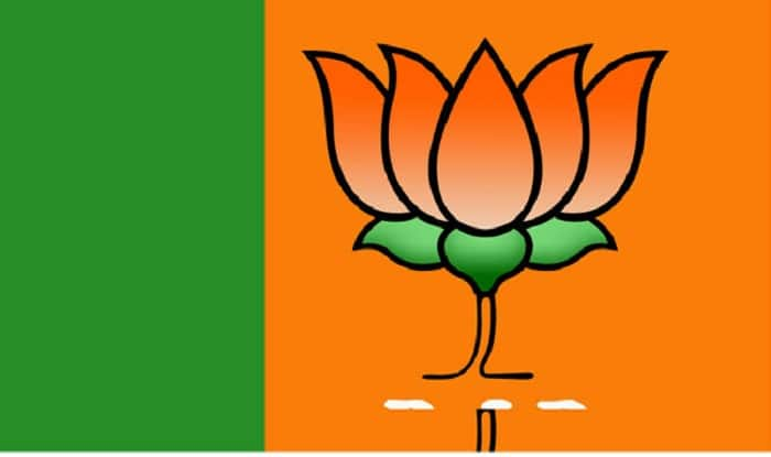 In parched Latur, 10000 litre water for BJP minister's helipad