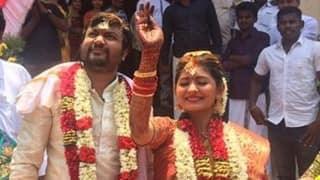 Bobby Simhaa and Reshmi Menon are married! (See wedding pictures of the actor couple)