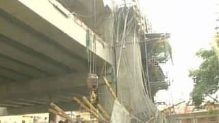 Three injured as concrete slab of Lucknow Metro caves in