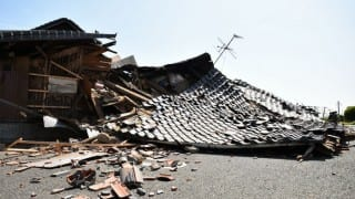 Scores trapped as Japan quakes toll hits 32