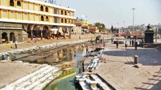 Nashik's Ramkund goes waterless in 130 years, pilgrims worst hit