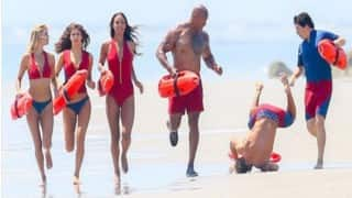 Zac Efron falls flat on his face on 'Baywatch' set