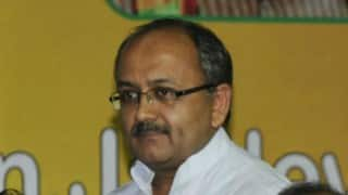 Kolkata Flyover Collapse: Mamata Banerjee as Railway minister knew about blacklisting of IVRCL says,Siddharth Nath Singh