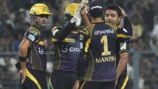 IPL 9: Kolkata Knight Riders cruise to 9 wicket win against Delhi Daredevils