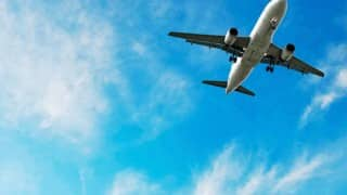 US man admits to ripping off woman's hijab on flight