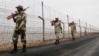 भूलवश सीमा पार करने वाले भारतीय नागरिक को पाकिस्तान ने लौटाया