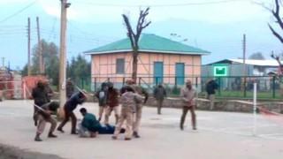श्रीनगर : NIT कैंपस में फिर से तनाव, छात्रों पर पुलिस ने किया लाठीचार्ज