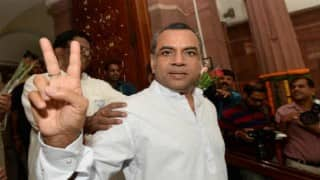 Gujarat Assembly Elections 2017: Paresh Rawal Makes Derogatory Remarks Against Rajput Community, Apologises Later