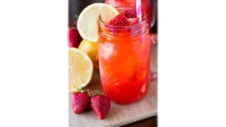 Chhaya's Homemade Strawberry Lemonade